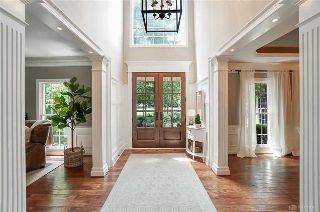 Types of doors to modernize your home: the options are endless