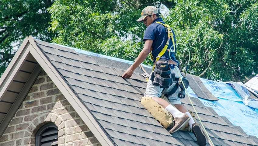 Get the repairing of your roofs done at a low cost